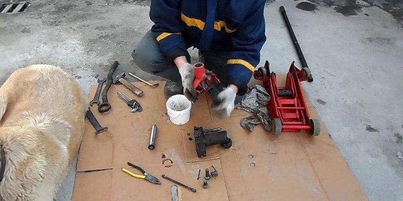 Ремонт гидравлического домкрата своими руками